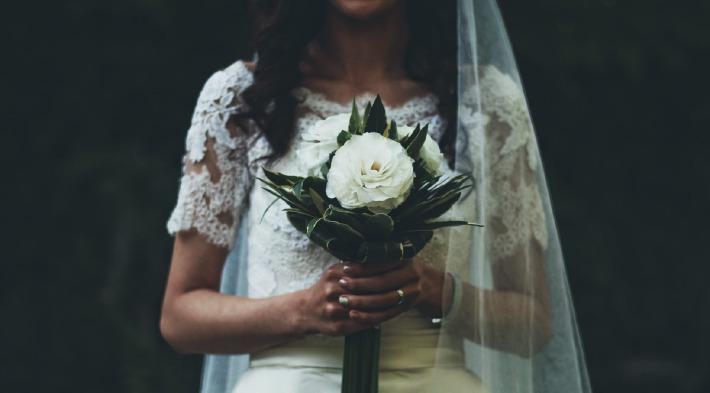 Photo d'un bouquet de mariage préparé par un fleuriste à Clermont-Ferrand