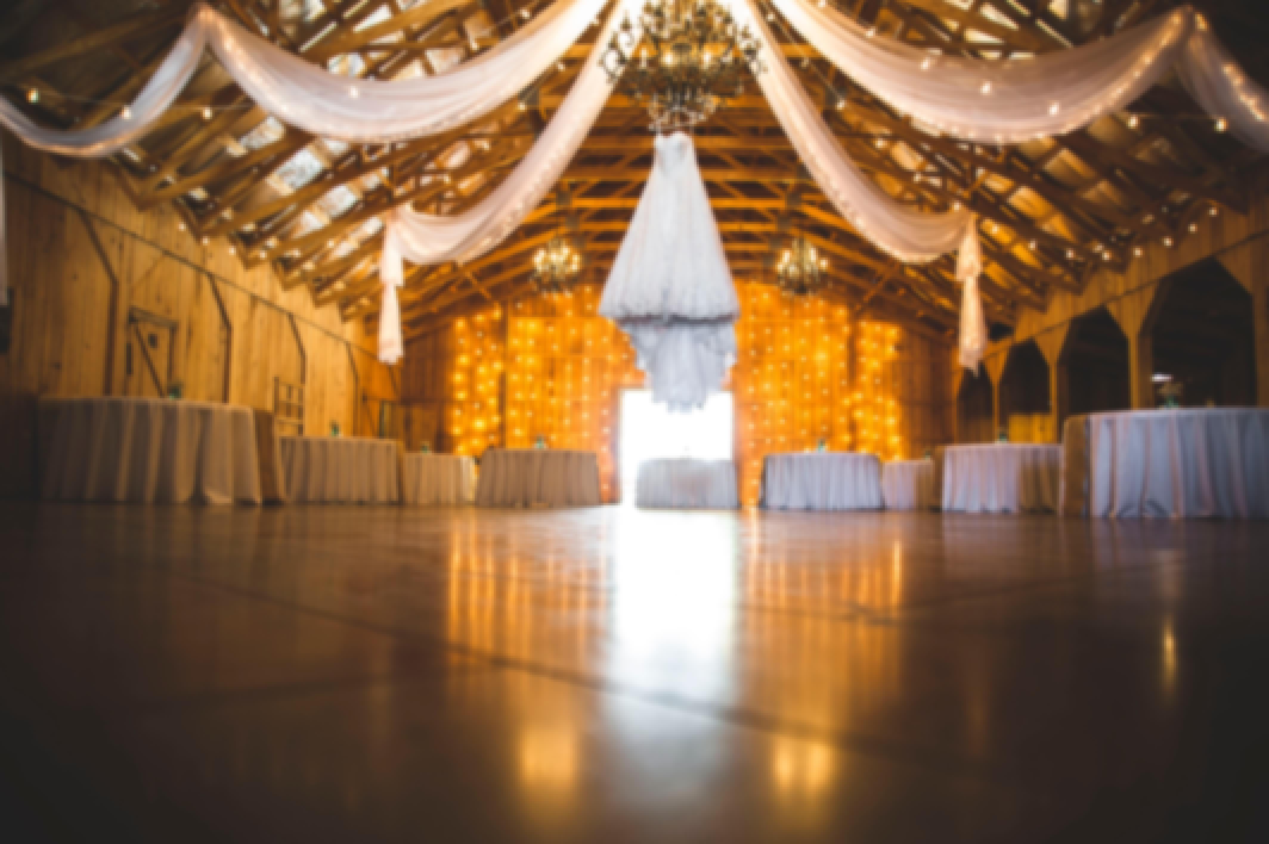 Photo d'une salle de réception prise à l'occasion d'un mariage en Auvergne