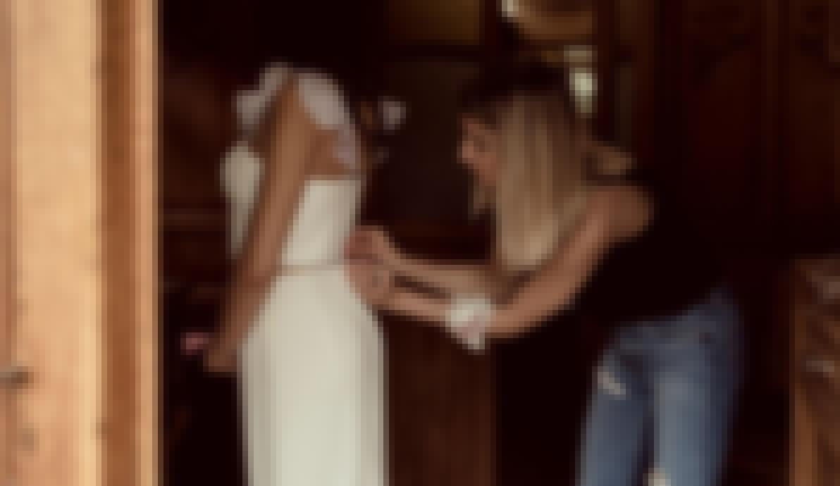 Photo prise par Arty Photos lors d'un shooting d'inspiration mariage en Auvergne organisé avec la wedding planner l'Agence des Mariés