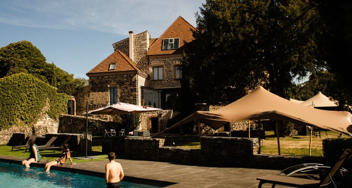 Panoramic view of a beautiful wedding venue in France, Château de Bois Rigaud