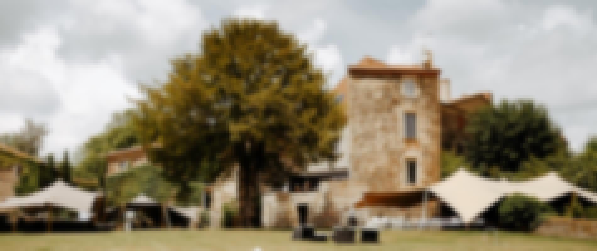 Photo des jardins du château mariage de Bois Rigaud en Auvergne.